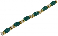 Van Cleef & Arpels Gorgeous Carved Chrysophrase Diamond Gold Bracelet